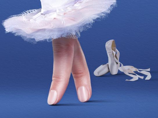 Scholl Outdoor Ad - Ballerina