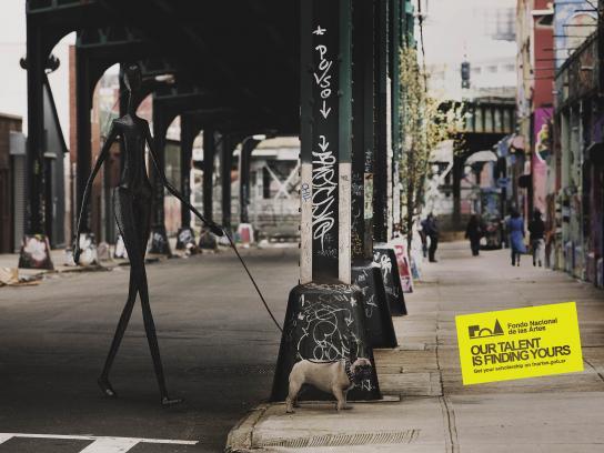 Fondo Nacional De Las Artes Print Ad - Dog Walker