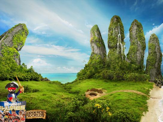 Playmobil Print Ad -  Open new worlds, 2