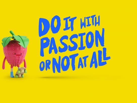 Licuadora Print Ad - Strawberry