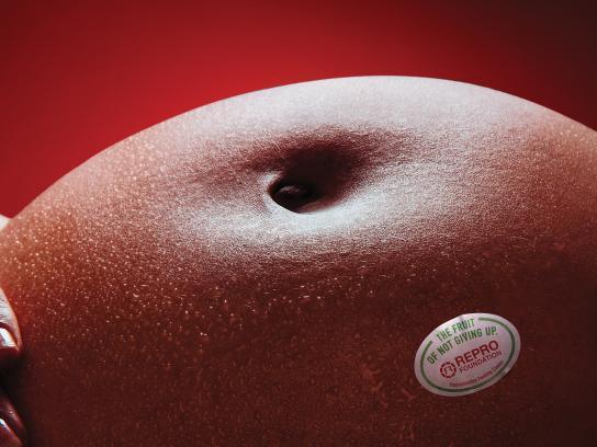 Fundacion Repro Print Ad - Fruits - Apple