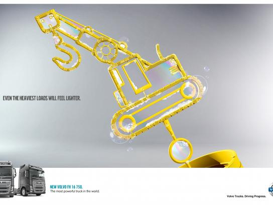 Volvo Print Ad -  Forklift