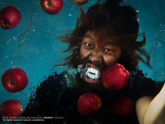 Sony Print Ad -  Underwater selfie, 4