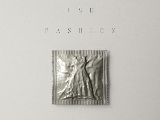 Aides Print Ad - Fashion Condoms, 2
