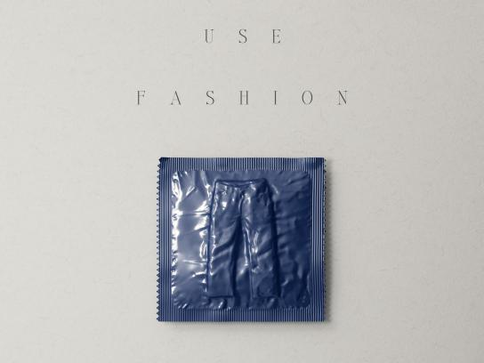 Aides Print Ad - Fashion Condoms, 3