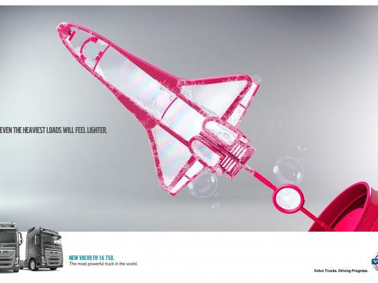 Volvo Print Ad -  Spaceship