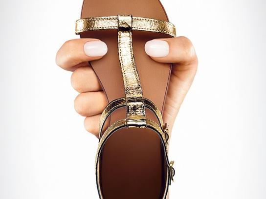 MAX Shoes Print Ad -  Sandals