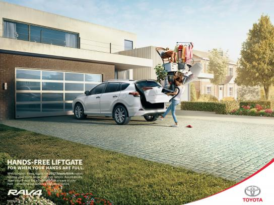 Toyota Print Ad - Hands Full