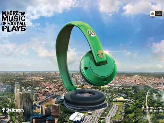 Skullcandy Print Ad -  Where the music of football plays, 4