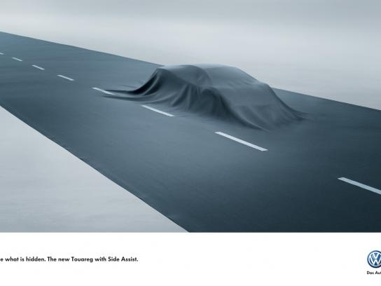 Volkswagen Print Ad -  Side Assist, Car