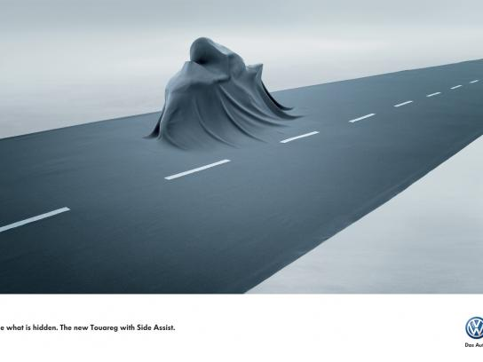 Volkswagen Print Ad -  Side Assist, Bike