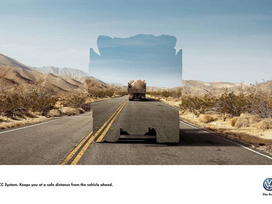 Volkswagen Print Ad -  Safe distance, 1