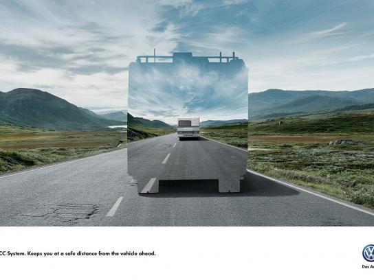 Volkswagen Print Ad -  Safe distance, 2