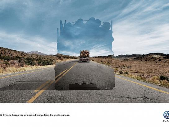Volkswagen Print Ad -  Safe distance, 3