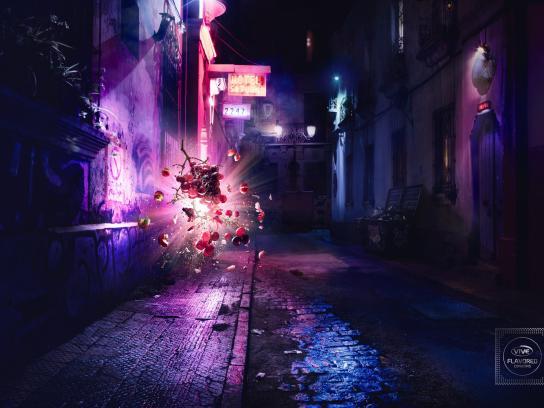 Condones Vive Print Ad - Alley