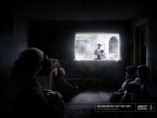 Amnesty International Print Ad - Child