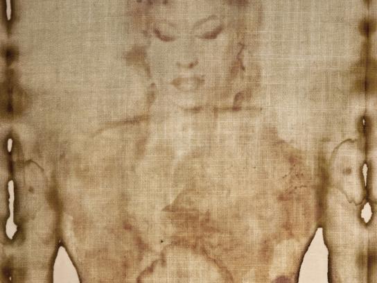 Radioacktiva Print Ad - Amy Winehouse's Shroud