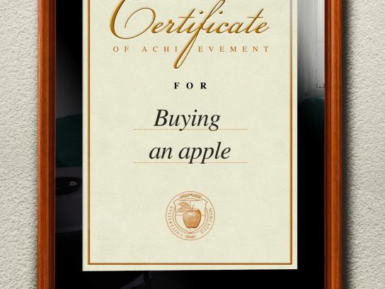 Autism Forum Switzerland Print Ad -  Buying an apple