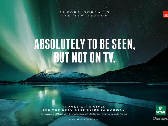 Giver Viaggi Print Ad - Aurora Landscape