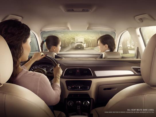 AXA Print Ad -  Family