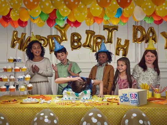 Baskin Robbins Print Ad - Ice Cream Cakes - Yellow