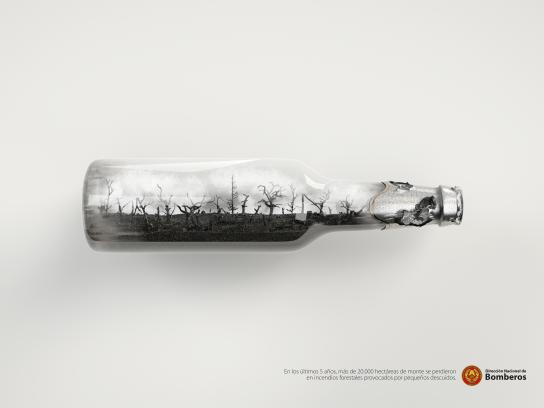 Dirección Nacional de Bomberos Print Ad - Bottle