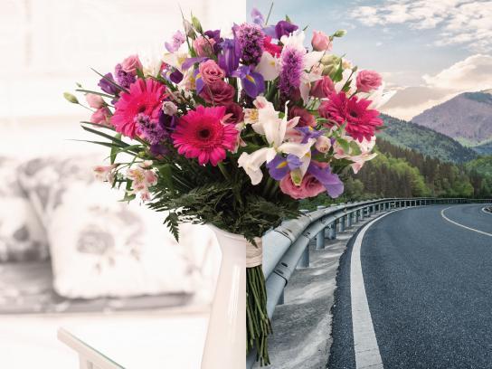Ponle Freno Print Ad - Bouquets