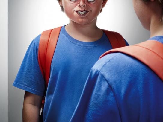 Vizoo Magazine Print Ad -  Bullying, Boy
