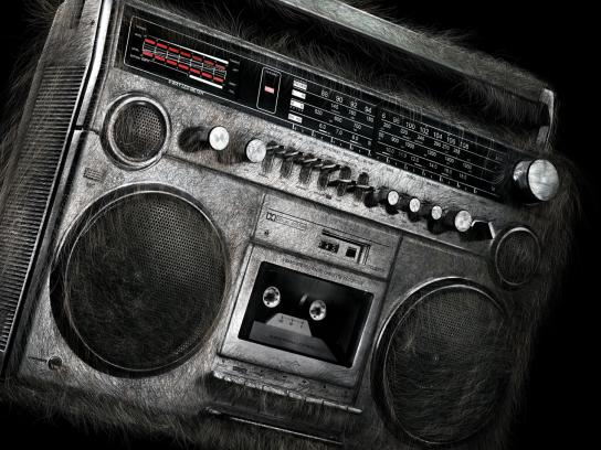 Braun Print Ad -  Hairy Sound, Ghetto Blaster