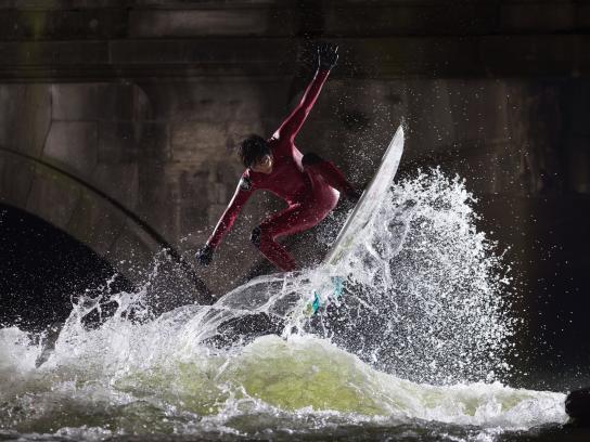 Canon Print Ad - City surfers