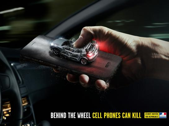 French Road Safety Print Ad - Car