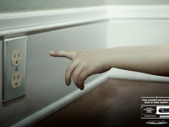 Chrysler Print Ad -  Risks, 2