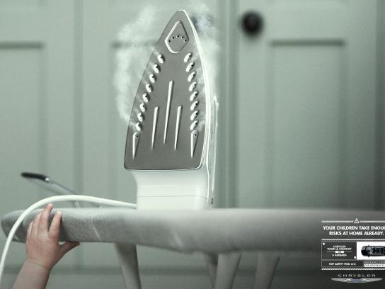 Chrysler Print Ad -  Risks, 3