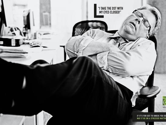 Stresser Colchões Print Ad - Closed
