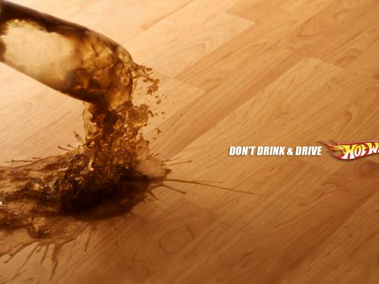 Hot Wheels Print Ad - Spilled Out - Coke