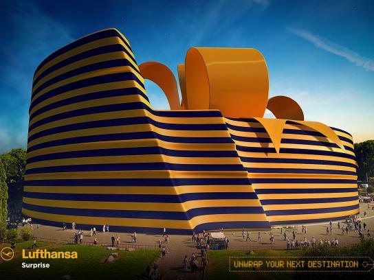 Lufthansa Print Ad - Coliseum