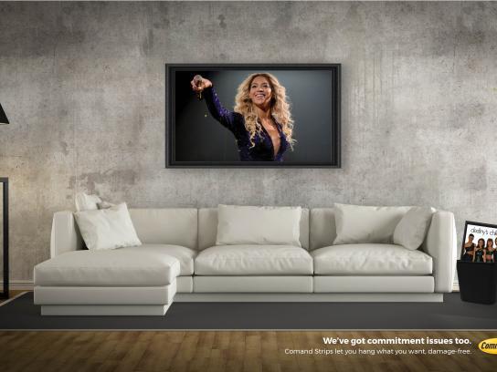 Command Print Ad - Beyonce