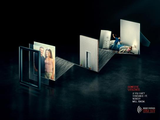 Disque-Denúncia Print Ad -  Domestic Violence, Couple
