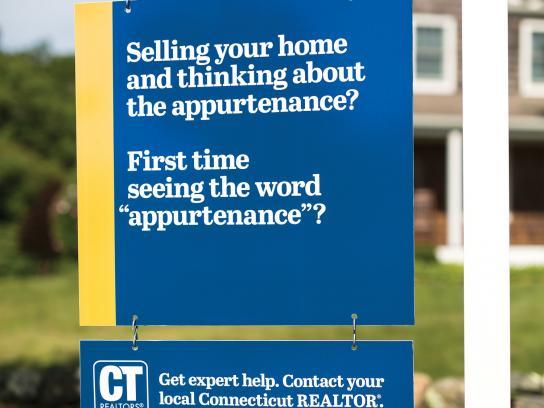 Connecticut Realtors Outdoor Ad -  Get expert help, 3