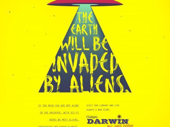 Colégio Darwin Print Ad - Aliens