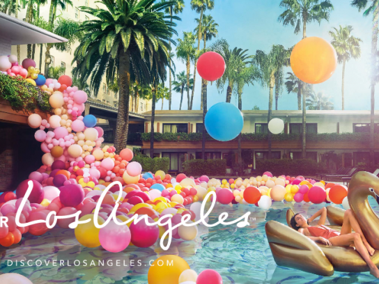 Discover Los Angeles Print Ad - Swimming pool