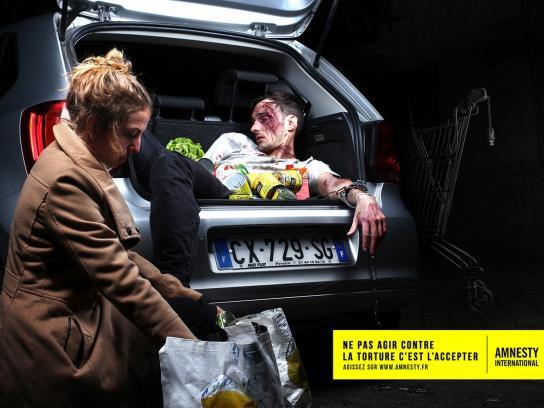 Amnesty International Print Ad -  Trunk