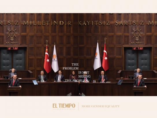El Tiempo Print Ad - The Invisible Women, Turkey