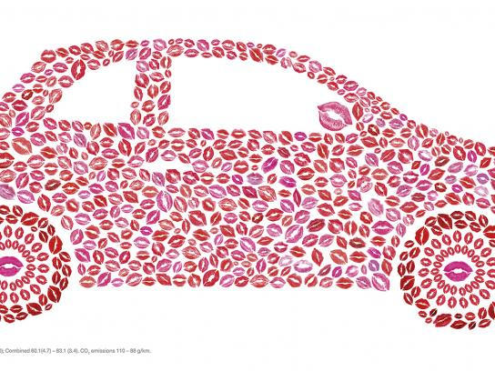 Fiat Outdoor Ad - Kisses