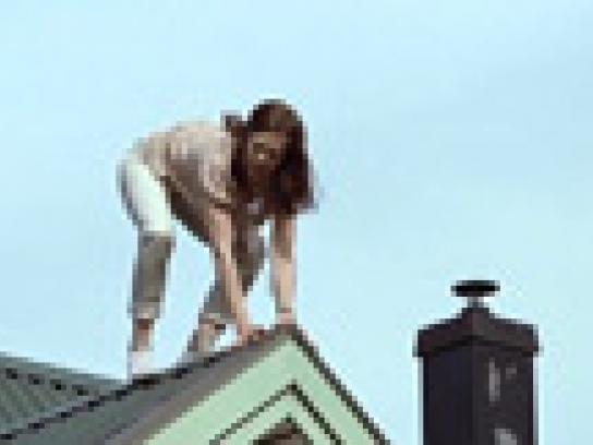 Gilde Film Ad -  Crazy woman BBQ trick