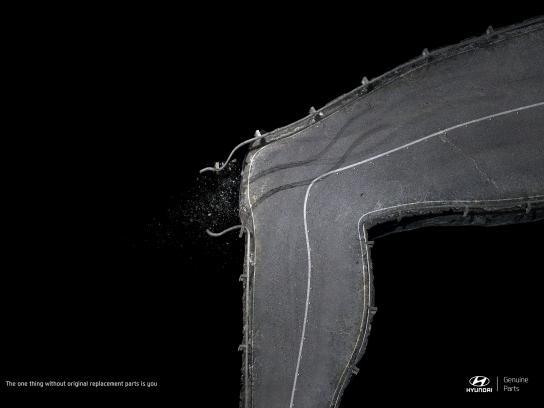 Hyundai Print Ad - Knee