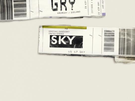 Expedia Print Ad -  GRY SKY