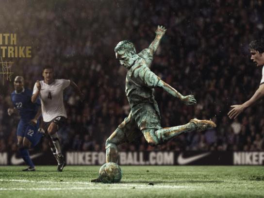 Nike Outdoor Ad -  Write the Future, Ribery