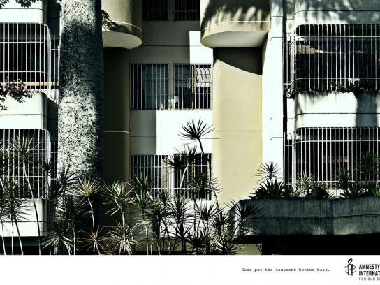 Amnesty International Print Ad -  Windows, 3
