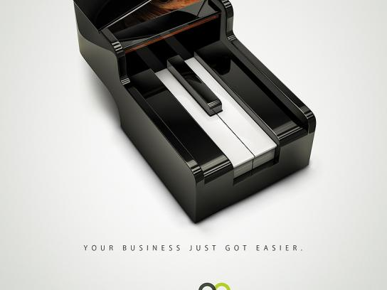 MultiArmazéns Print Ad -  Piano